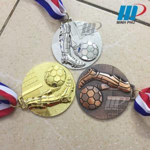 Huy chương môn bóng đá